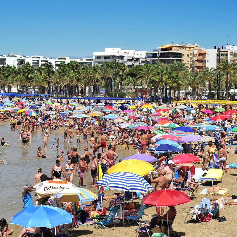 Het Strand van Llevant, in Salou, Spanje royalty-vrije stock afbeeldingen