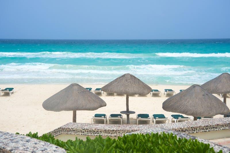 Het strand van Mexico van Cancun stock foto's