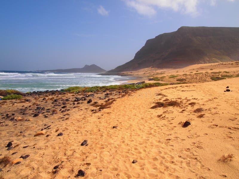 Het strand van Praiagrande in de kust van het eiland Kaapverdië van Saovicente royalty-vrije stock afbeeldingen