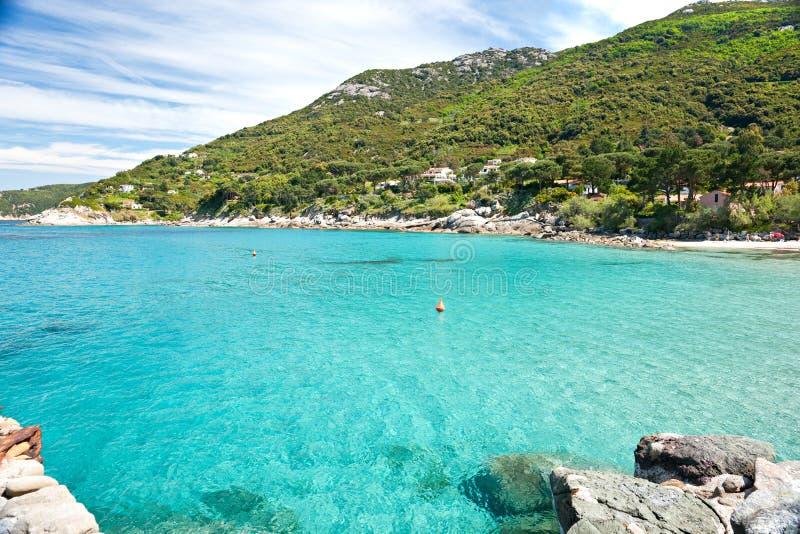 Het strand van Sant'Andrea, het eiland van Elba. royalty-vrije stock afbeeldingen