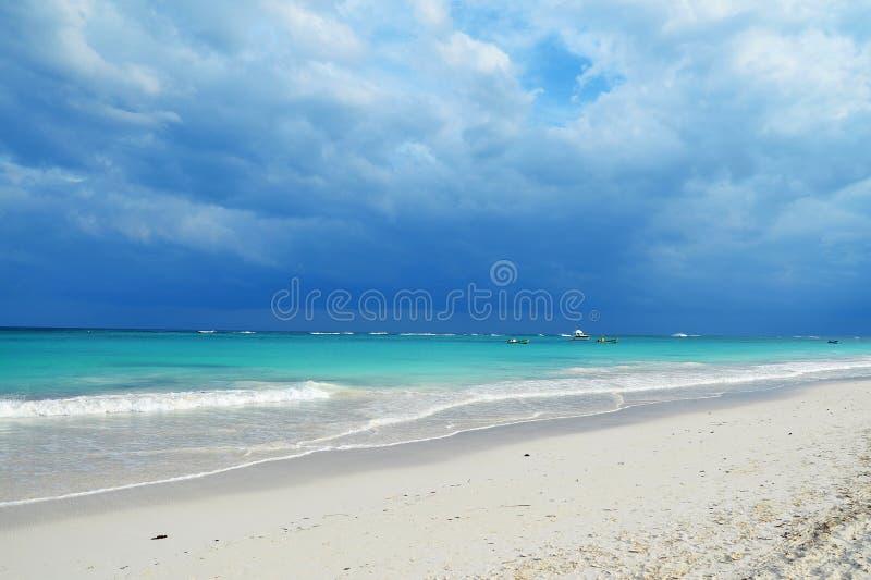 Het strand van Tulum stock foto's