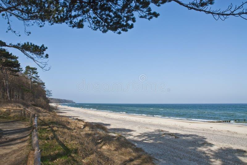 Het strand van Warnemunde stock afbeeldingen