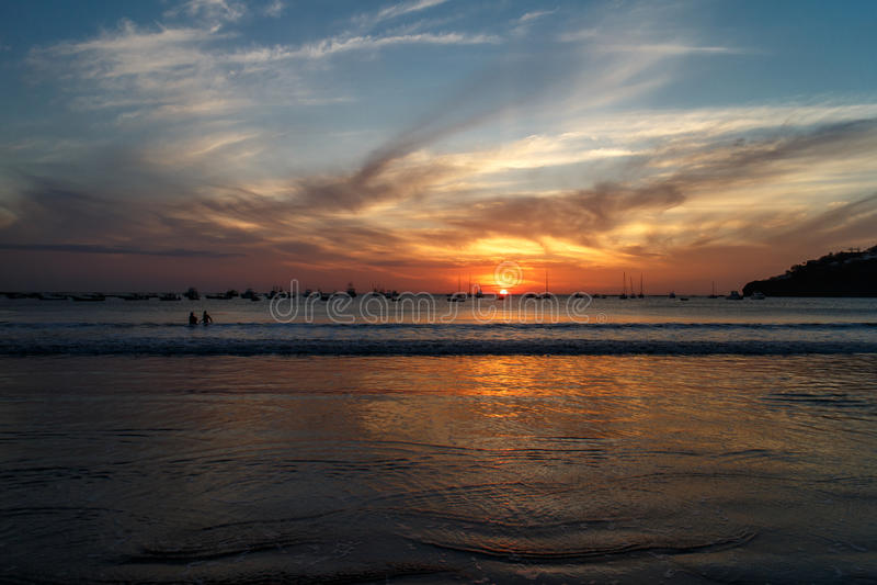 Het strandzonsondergang van San juan del sur royalty-vrije stock afbeelding