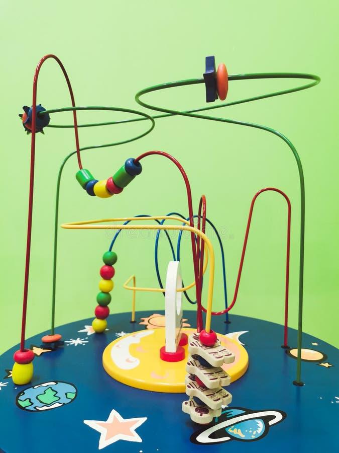 Het stuk speelgoed van kleuterschoolkinderen van melkwegruimte stock foto