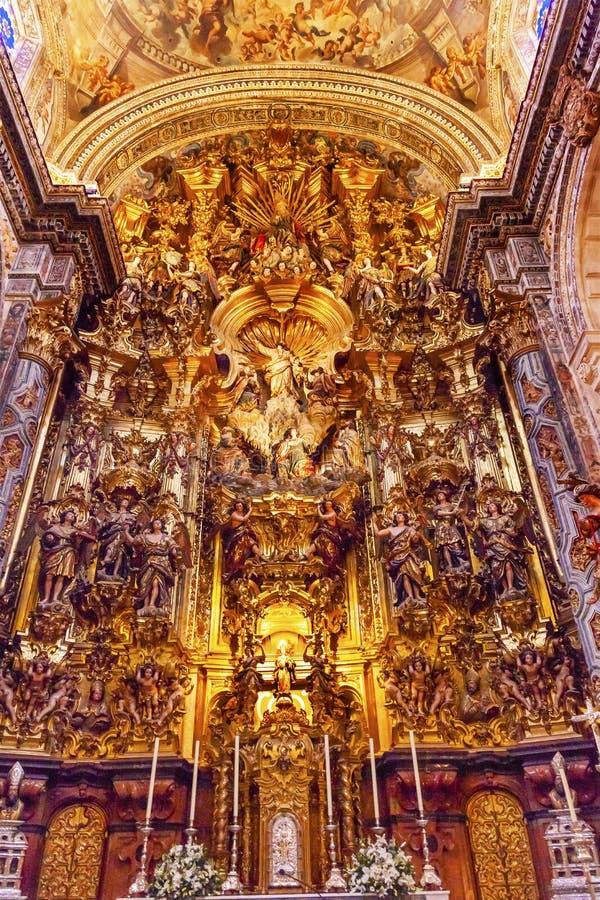 Het Stukkerk Gr Salvador Seville Andalusia Spain van het basiliekaltaar stock fotografie