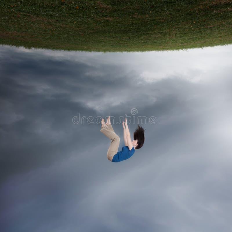 Het Surreal vrouw vallen stock afbeeldingen