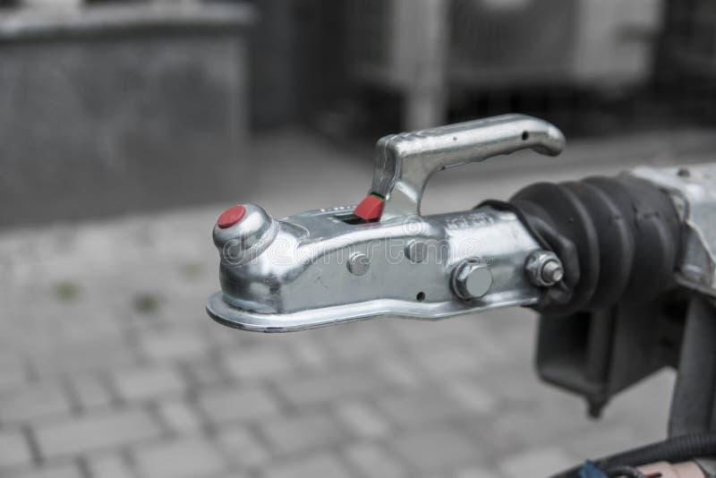 Het systeem van de aanhangwagenkoppeling voor verbindt aan een auto stock afbeeldingen