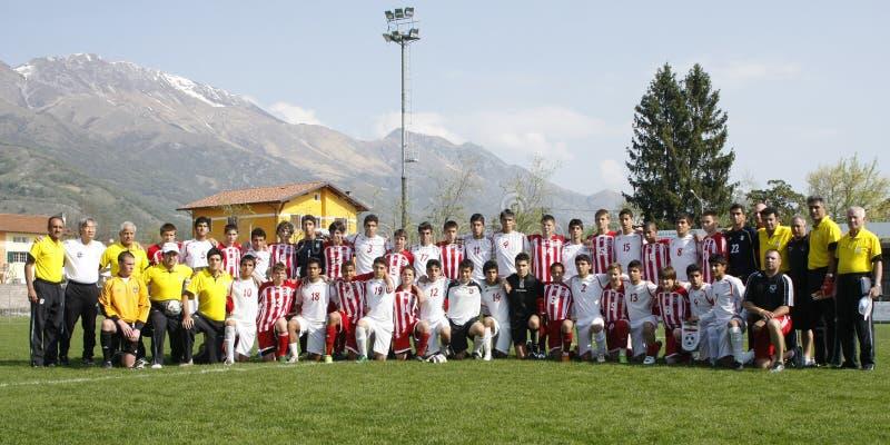Het team van de V.S. versus het team van IRAN, de jeugdvoetbal royalty-vrije stock fotografie