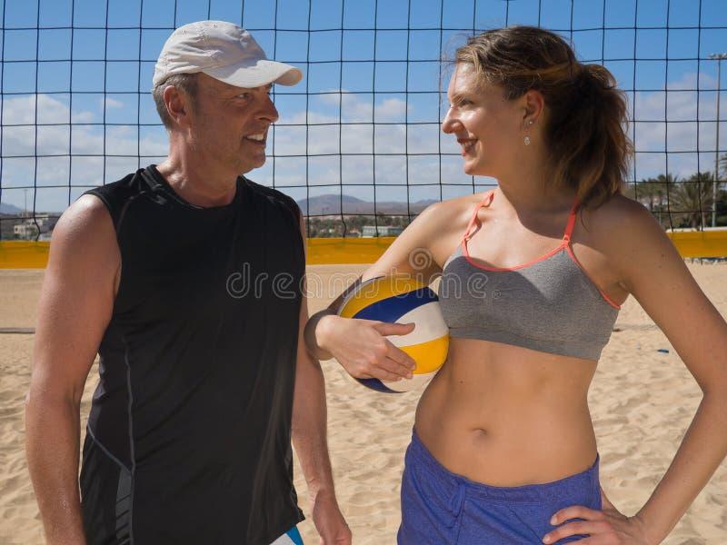 Het team van het strandvolleyball royalty-vrije stock afbeelding