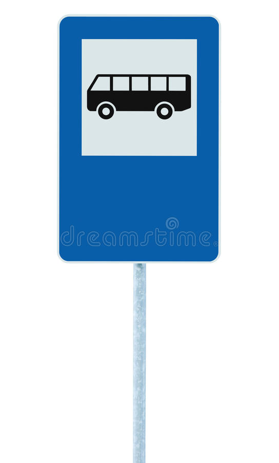 Het Teken van de Bushaltestraat op postpool, verkeersweg roadsign, blauw geïsoleerde signage, lege lege exemplaarruimte stock foto's