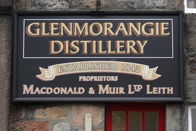 Het Teken van de Glenmorangiedistilleerderij bij omhoog dicht de Bouw van Buitenkant royalty-vrije stock afbeeldingen