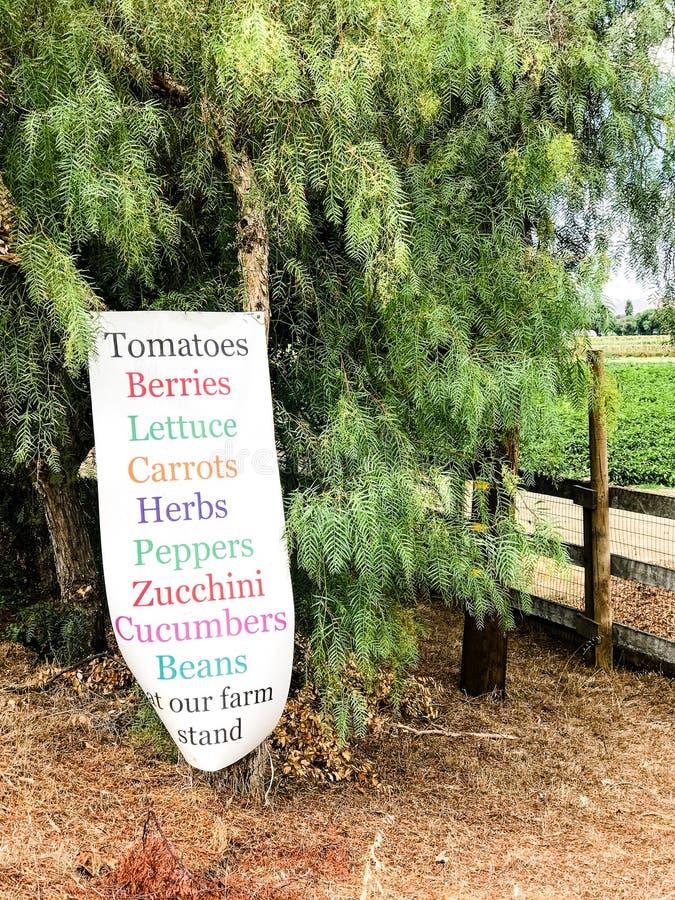 Het teken van de landbouwbedrijftribune stock foto's