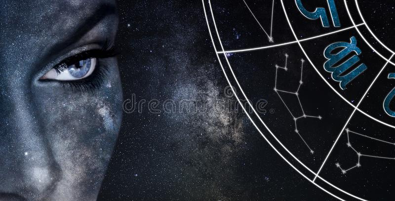 Het teken van de Maagdhoroscoop De achtergrond van de de nachthemel van astrologievrouwen stock foto's
