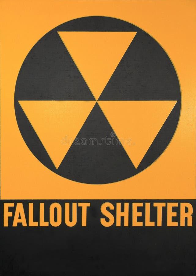 Het Teken van de radioactieve neerslagschuilplaats royalty-vrije stock fotografie