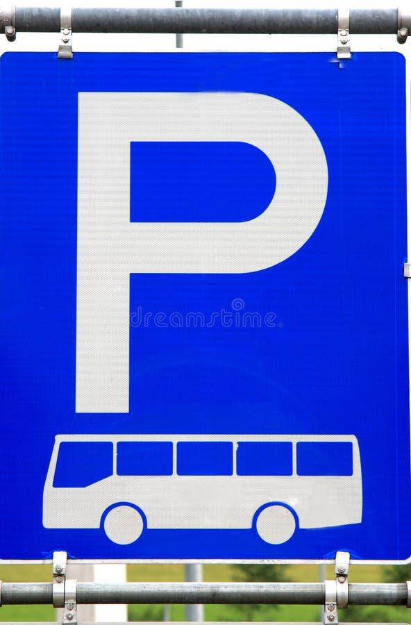 Het teken van het busparkeren stock afbeelding