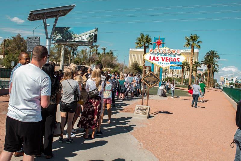 Het Teken van Las Vegas achter de Scène Las Vegas, Nevada, de V.S. 10/22/2018 stock foto's