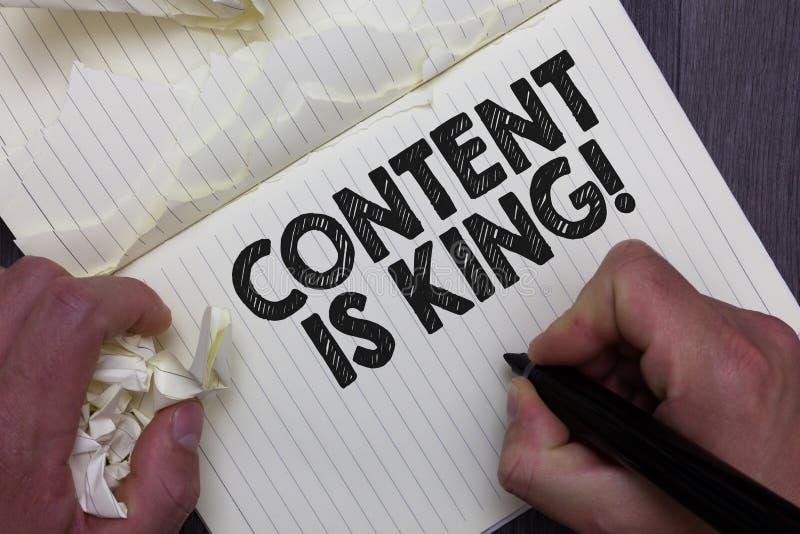 Het tekstteken die Inhoud tonen is Koning Conceptuele fotowoorden wat producten verkoopt en goede marketing de tellersnotebo van  stock illustratie