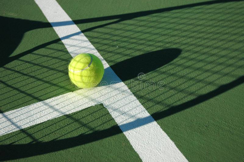 Het Tennis van de schaduw stock afbeeldingen