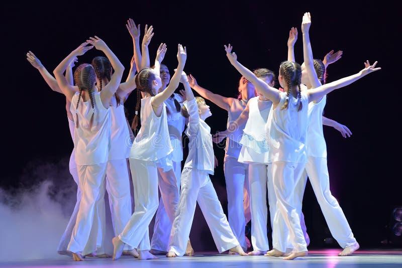 Het theater van de kinderen` s dans toont royalty-vrije stock afbeelding