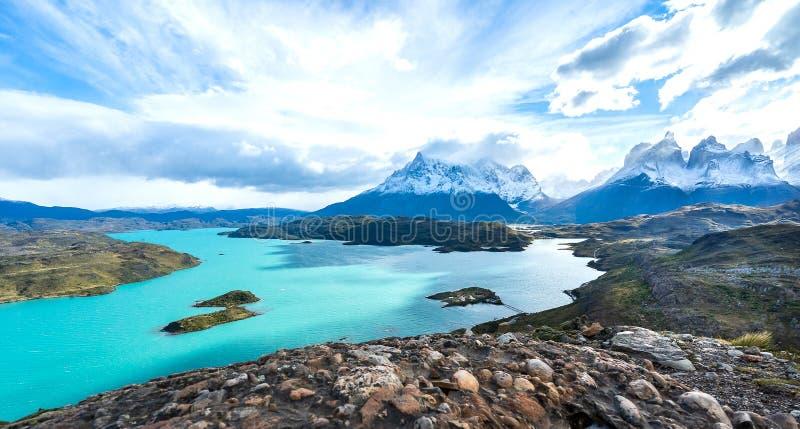In het Torres del Paine nationale park, Patagoni?, Chili, Lago del Pehoe royalty-vrije stock fotografie