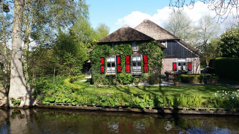 Het traditionele huis van Giethoornholland stock fotografie