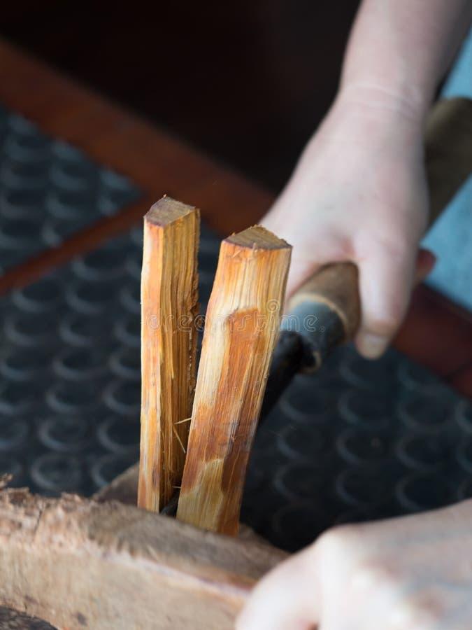 Het traditionele lao weven en het verven, Luang Phabang royalty-vrije stock foto