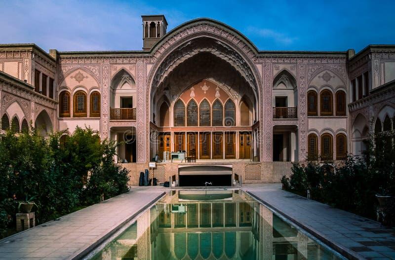 Het traditionele paleis van Iran stock afbeeldingen