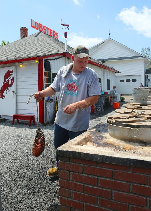 Het traditionele restaurant van het zeekreeftpond in Maine stock afbeelding
