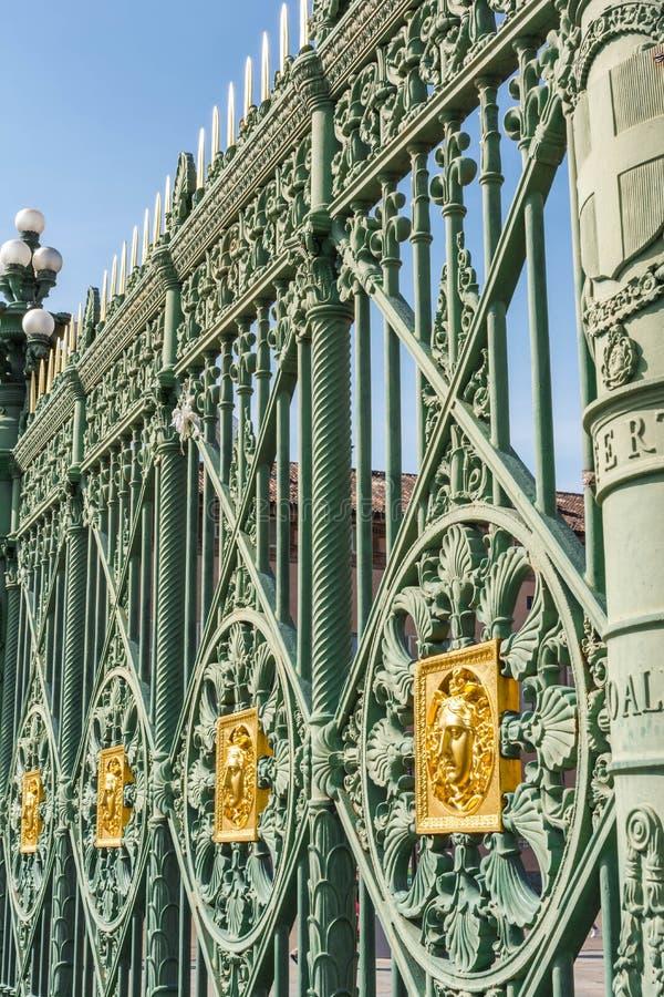 Het traliewerk van Palazzo Reale, Turijn royalty-vrije stock fotografie