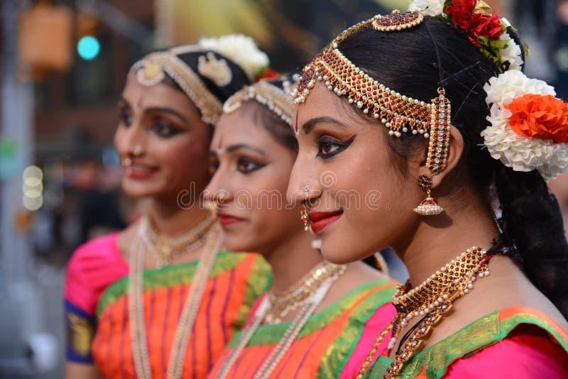 Het trio van het Diwalifestival