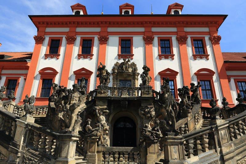 Het Trojapaleis is een Barok die paleis in Troja, het noordwestenstad wordt gevestigd van Praag (Tsjechische Republiek) royalty-vrije stock afbeelding