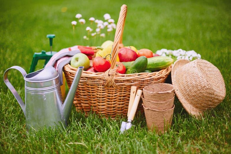Het tuinieren voorwerpen stock foto