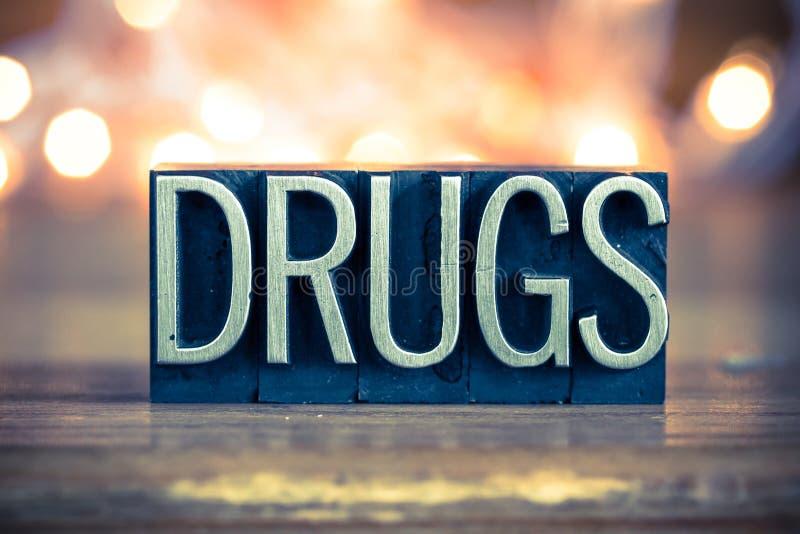 Het Type van het Metaalletterzetsel van het drugsconcept stock fotografie