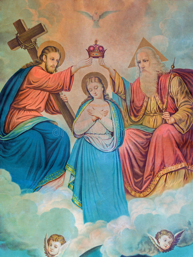 Het typische katholieke beeld van Kroning van Maagdelijke Mary (in mijn eigen huis) drukte in Duitsland van het eind van 19 cent stock afbeeldingen