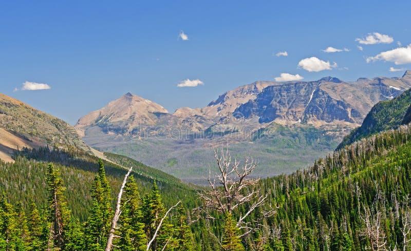 Het Uitzicht van de berg langs de Sleep royalty-vrije stock afbeelding
