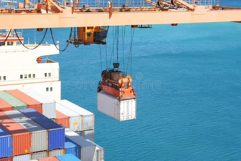 Het uploaden van de container stock foto's