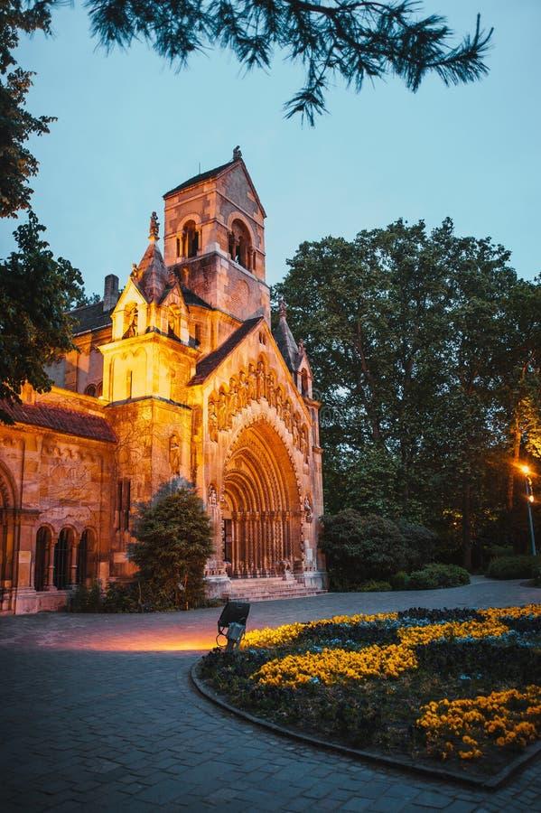 Het Vajdahunyad-kasteel, hoofd de stadspark van Boedapest royalty-vrije stock afbeelding