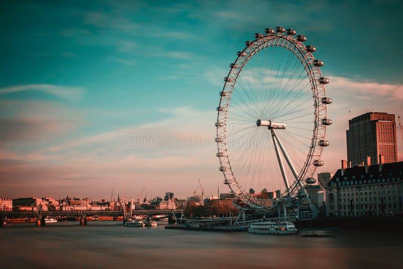 Het het van de het Oogzonsopgang van Londen Rood/Blauw stock foto's