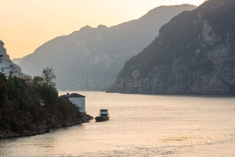 Het varen op de Yangtze-Rivier stock foto