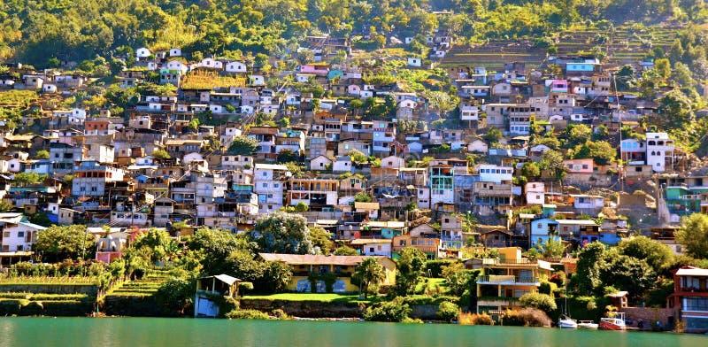 Het varen op Meer Atitlan stock foto