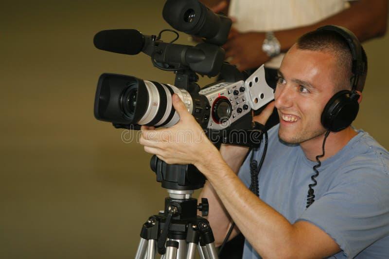 Het vastbinden van de mens met videocamera