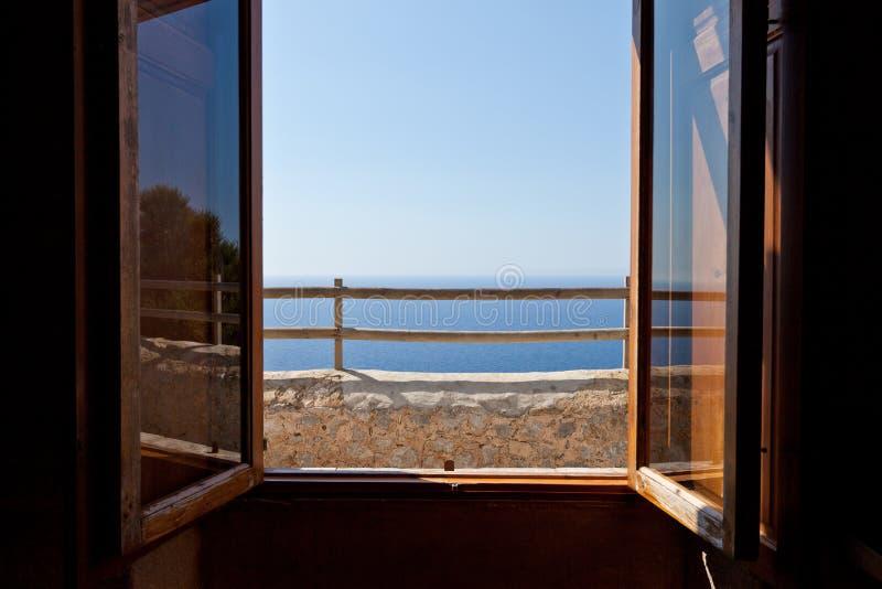 Het venster aan GLB DE Formentor stock foto