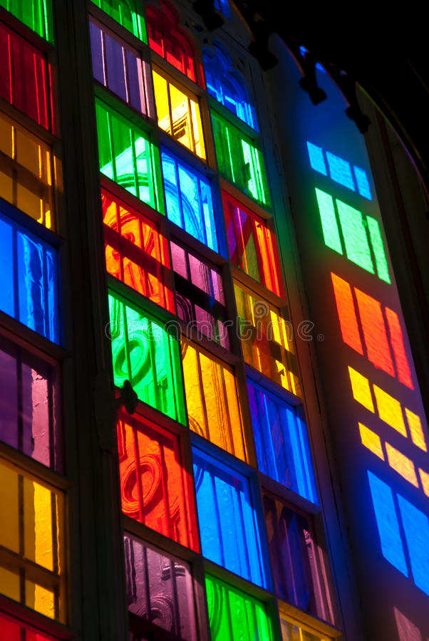 Het venster van het kleurenglas royalty-vrije stock afbeeldingen