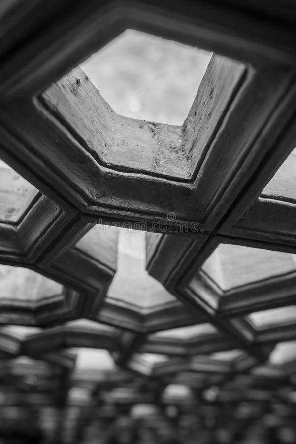 Het vensterdetail van de terracottatempel royalty-vrije stock foto