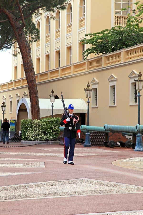 Het veranderen van wacht bij koninklijk paleis, Monte Carlo, Monaco stock foto