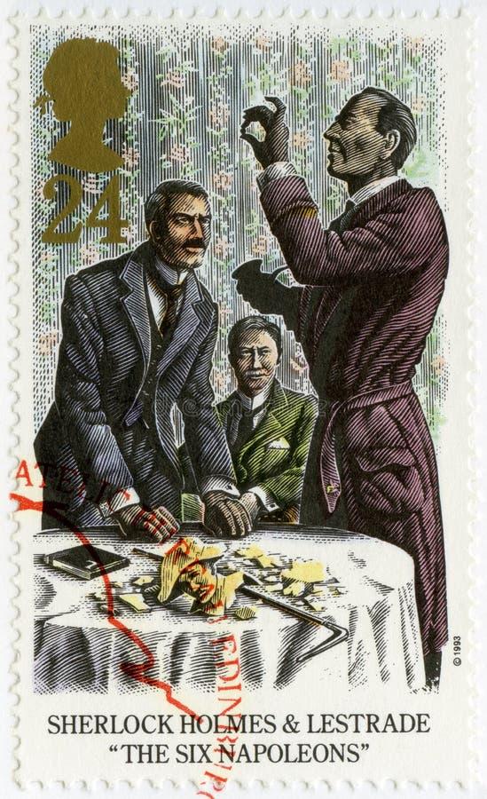 HET VERENIGD KONINKRIJK - 1993: toont Sherlock Holmes en Lestrade, Zes Napoleons stock foto
