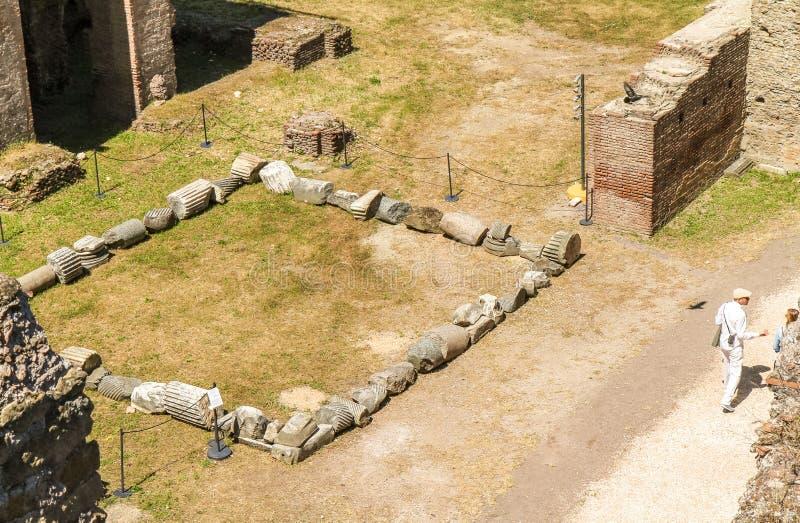 Het verhaal van Palatinruïnes in Rome stock foto's
