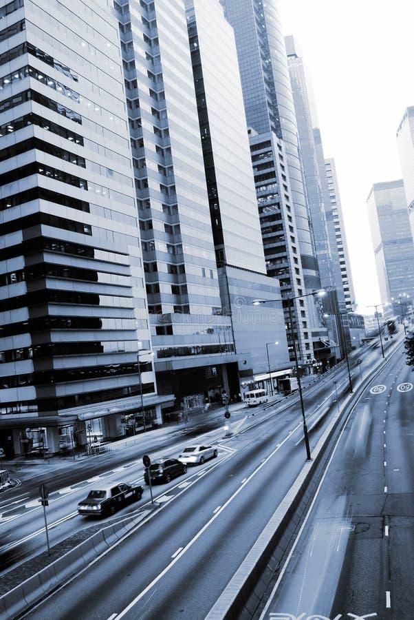 Het verkeer met auto'smotie vertroebelde in Hongkong stock fotografie