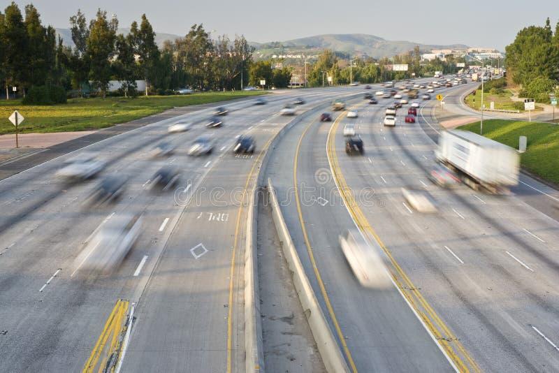 Het Verkeer van de snelweg stock afbeelding