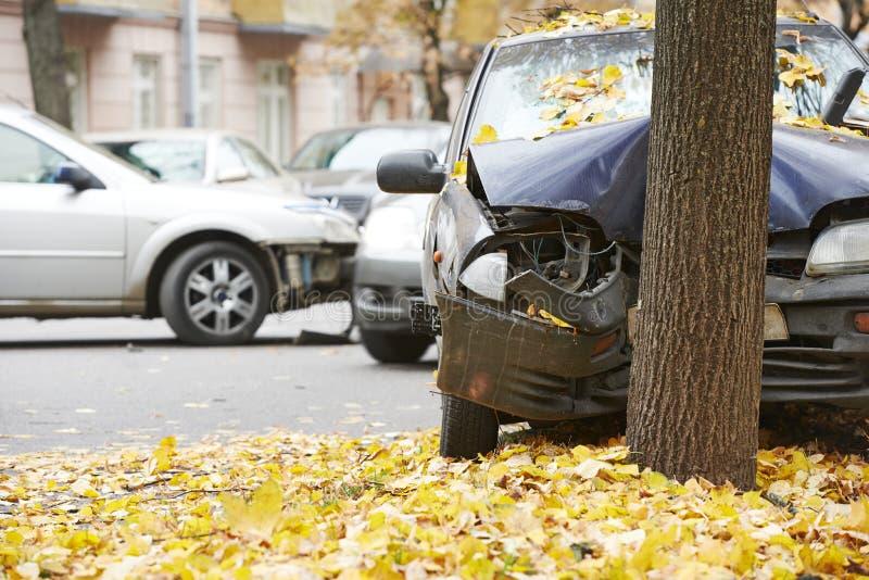 Het verkeersongeval van de autoneerstorting royalty-vrije stock foto's
